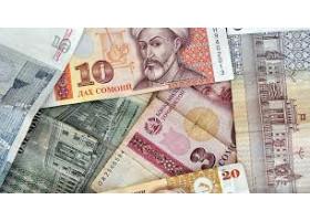 Школьники Таджикистана задолжали 3 млрд Государству