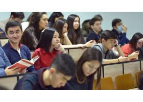Студентам колледжей профессиональную практику засчитают в трудовой стаж в Республике Казахстан