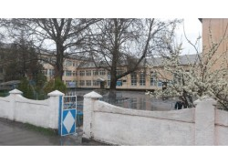 Школа №37 им. Фурхата в Шымкенте